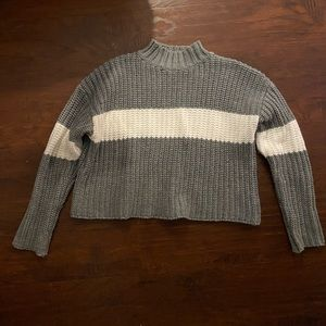 NWOT Forever 21 Gray Knit Turtleneck